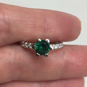 Jewelry - Ring CZ Green Stone Size 6.75